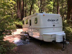 Why fiberglass trailers